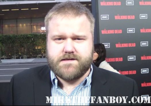 robert kirkman on the red carpet at the walking dead season 2 world premiere in los angeles