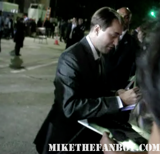 vincent kartheiser signing autographs for fans at the in time world movie premiere the crowd at the in time world movie premiere anushika stealing cbs pen the crowd at the in time world movie premiere in time car prop in time world movie premiere red carpet with justin timblerlake, amanda seyfried matt bomer johnny galecki hot sexy rare promo