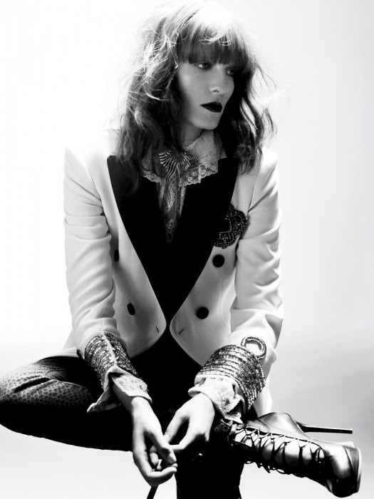 florence and the machine star florence welch striking sexy photoshoot photo shoot for Interview magazine october 2011 what the water gave me cover
