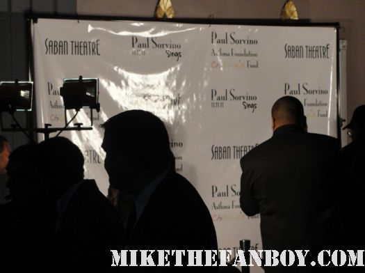 the red carpet at paul sorvino sings at the saban theatre rare red carpet mira sorvino romy and michele's high school reunion