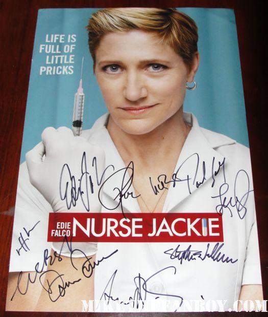 nurse jackie season 1 rare promo poster cast signed peter facinelli edie falco merrit weaver liz brixus and more