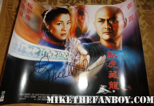 Crouching Tiger, Hidden Dragon star Michelle Yeoh signed autograph rare promo mini poster rare hot sexy signed autograph asian