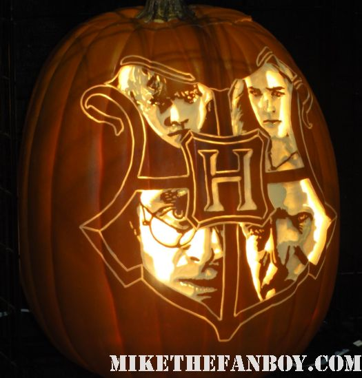 the pumpkin geek hand carved daniel radcliffe halloween pumpkin rare promo harry potter comikaze expo 2011