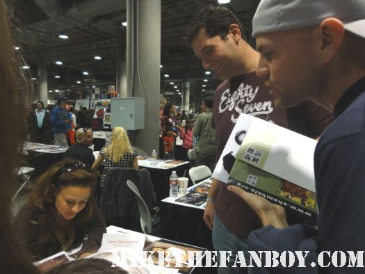 national lampoon's vacation star dana barron the original audrey from national lampoons vacation signing autographs at comikaze expo 2011