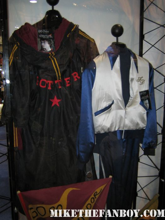 harry potter prop and costume display rare promo rare daily prophet newspaper harry potter and the deathly hallows golden dragon egg Dragon task costumes