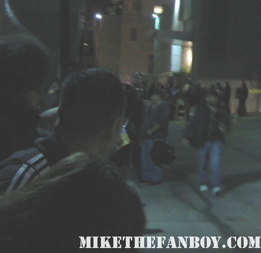 the crowd waiting for kristen stewart at jimmy kimmel live signed autograph new moon twilight hot sexy rare