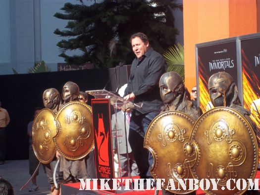 jon favreau giving his speech at chuck liddell mickey rourke's hand and footprint ceremony at grauman's chinese theatre! Mickey rourke signed autograph immortals