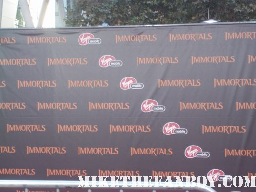 The Immortals World Movie Premiere red carpet! With Henry Cavill! Luke Evans! Stephen Dorff! Kellan Lutz! Mickey Rourke! Cory Servier! Isabel Lucas! Autographs! Photos and More!