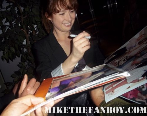 ellie kemper signs autographs at a Bridesmaids q and a screening at the arclight sherman oaks signed autograph hot sexy rare