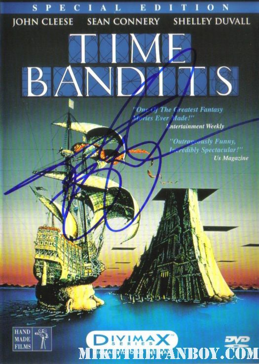 time bandits dvd booklet signed terry gilliam autograph rare john cleese rare shelley duvall