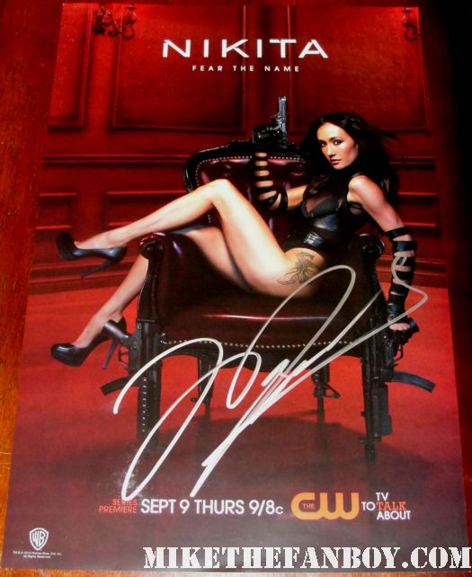 maggie q signed autograph limited edition san diego comic con promo nikita poster hand signed autograph rare