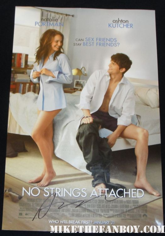 ashton kutcher signed autograph no strings attached mini movie poster ashton kutcher signing autographs at New Years Eve World Movie Premiere! With Ashton Kutcher! Katherine Heigl! Michelle Pfeiffer! Josh Duhamel! Joey McIntyre! Hilary Swank! Lea Michele! Sofía Vergara! Zac Efron! Abigail Breslin!