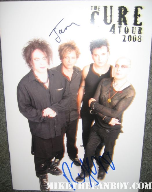 jason cooper and robert smith signed autograph the cure 2008 tour program rare promo hot signed lovecats