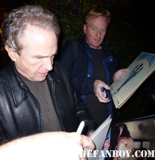 Warren Beatty signing autographs for fans at the geffen theatre westwood at annette benning's play it's a wonderful life