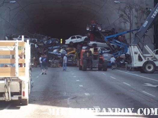 the dark knight rises set and location shooting in los angeles tom hardy and christian bale rare hot sexy promo rare the dark knight rises filming sign Magnus rex rare promo hot sexy christian bale on set filming