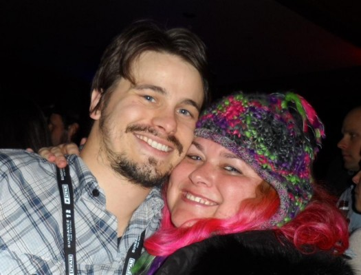jason ritter posing with pinky from mike the fanboy from sundance 2012 rare promo the event star hot sexy