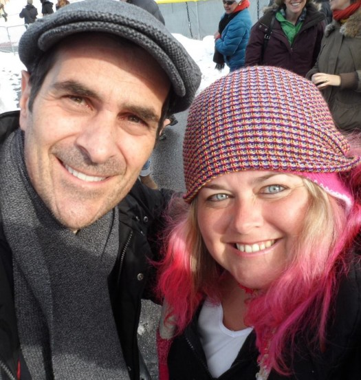 modern family star ty burrell poses with mike the fanboy's pinky at sundance 2012