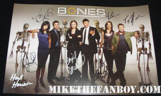 bones cast signed autograph poster david boreanaz emily deschanel tj thyne rare hot promo