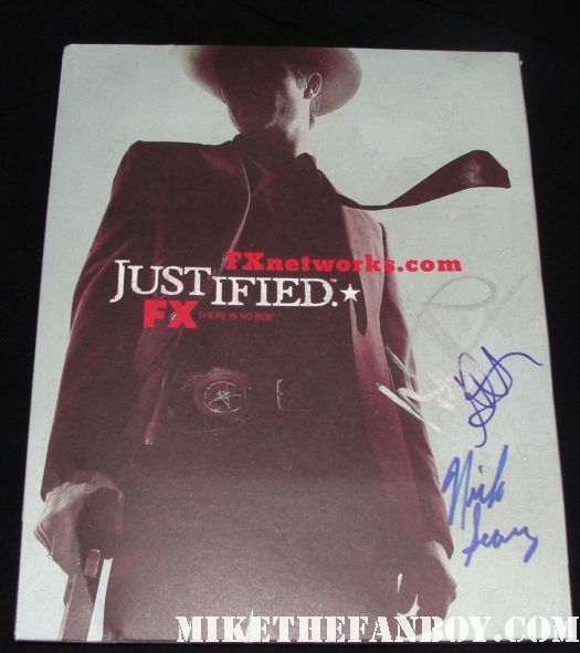 justified season 1 rare press kit book signed autograph natalie zea walton goggins nick searcy