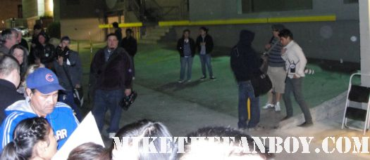 the crowd waiting for channing tatum at the jimmy kimmel show signed autograph rare promo