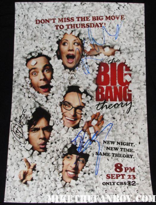 kaley cuoco  kunal nayaar johnny galecki signed autograph big bang theory promo mini poster hot sexy peanuts packing materials moving to thursdays