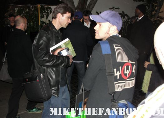 autograph dealers and collector's hanging around the 2012 sag awards afterpary