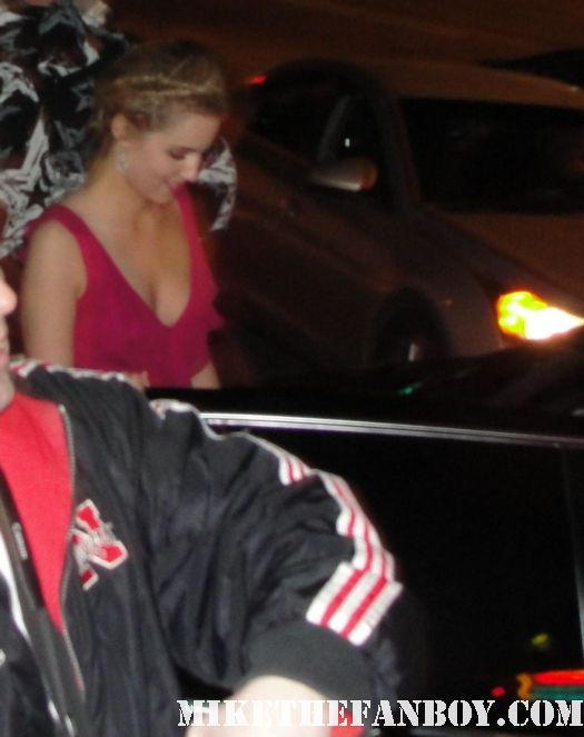 Diana agron from glee looking hot and sexy signing autographs for fans after the sag awards 2012 quinn