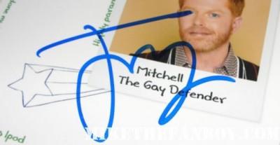 modern family cast signed autograph poster ed o neil jesse tyler ferguson sofia vegara ty burrell julie bowen