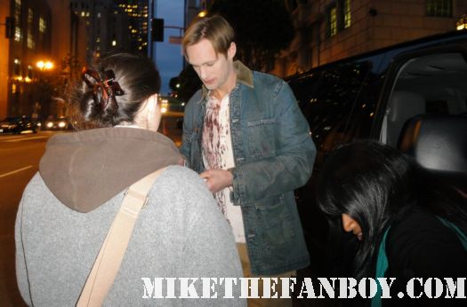 alexander skarsgard signs autographs for fans on location filming true blood rare promo hot sexy