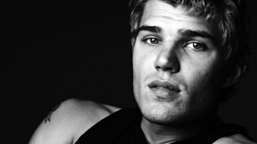 Chris-Zylka-Austin-Stowell-Bello-Beautiful-hottest-actors-chris-zylka-vman magazine hot sexy photo shoot 519572-chris_zylka1kaboom chris zylka shirtless secret circle star in tighty whities rare hot and sexy photo shoot promo muscle pecs arms abs hot blonde frat naked