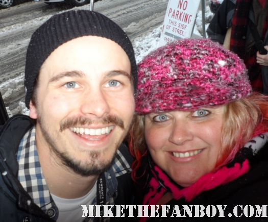 jason ritter poses for a fan photo with pinky at the sundance film festival 2012 rare promo hot the event