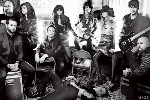 taylor swift rare hot and sexy vogue magazine promo photo shoot 1970's vogue magazine february 2012