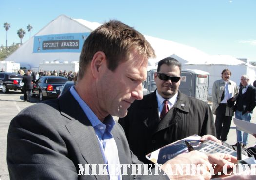 aaron eckhart  hot sexy signing autographs for fans at the 2011 Independent Spirit Awards 2011 best in show glee rare