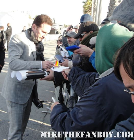 sexy and hot black swan director Darren Aronofsky signing autographs for fans at the 2011 Independent Spirit Awards 2011