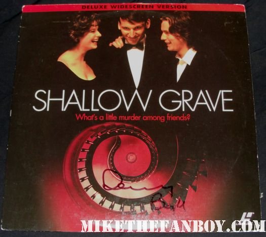 shallow grave signed  autograph laser disc danny boyle ewan mcgregor rare promo
