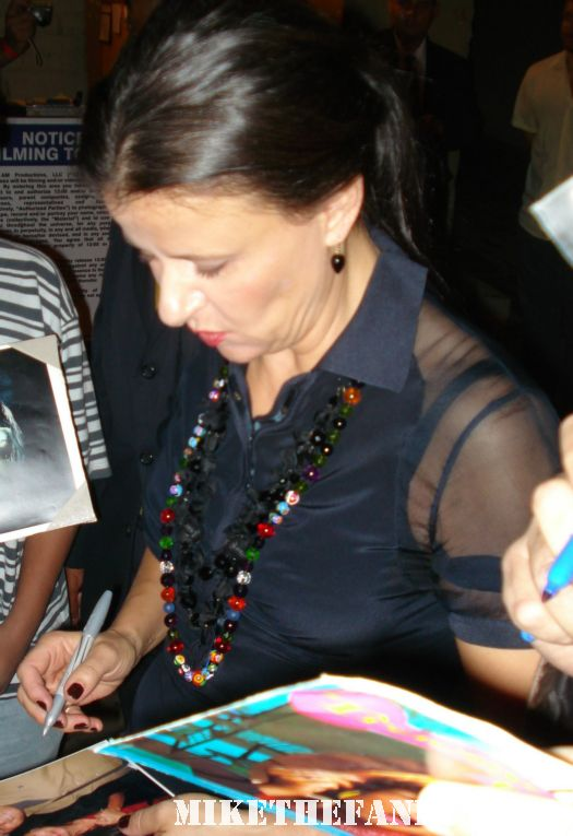 tracey ullman signing autographs for fans after a talk show taping rare promo hot sexy rare sketch comedy genious