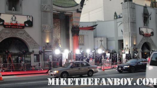 the crowd waiting at the this means war movie premiere red carpet with reese witherspoon tom hardy chris pine rare hot