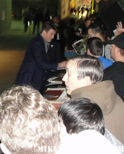 nathan fillion from firefly looking hot and sexy signing autographs for fans after jimmy kimmel live rare promo captain mal