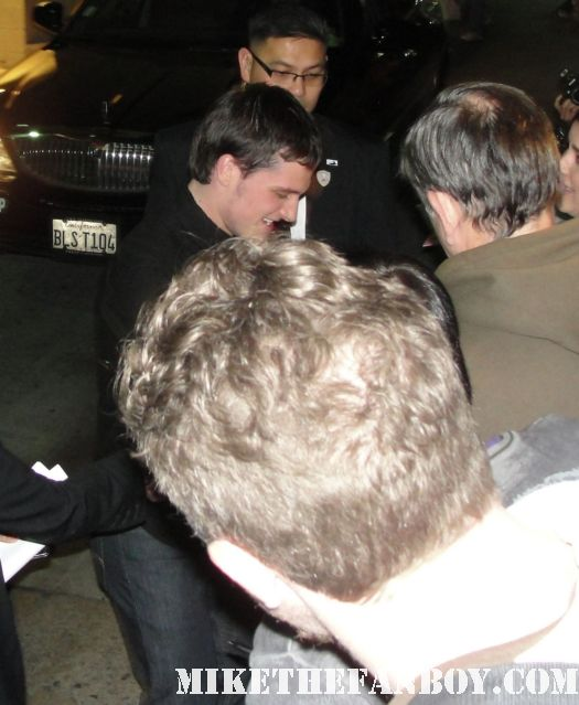josh hutcherson from hunger games looking hot and sexy signing autographs for fans after jimmy kimmel live rare promo captain mal