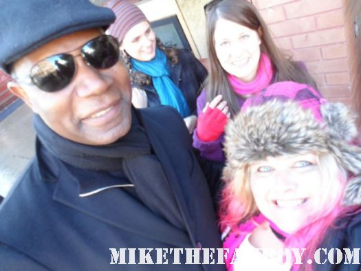 pretty in pink from Mike the fanboy posing with Dennis Haysbert from push at the sundance film festival 2012