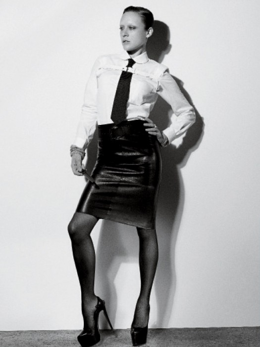 chloe-sevigny hot and sexy transgender photo shoot from the february 2012 issue of interview magazine hot sexy big love last days of disco star