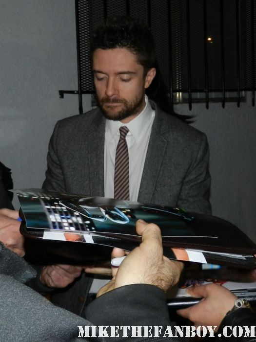 """topher grace signing autographs at The Art of Elysium """"Pieces of Heaven"""" Art Auction signed autograph that '70's show"""