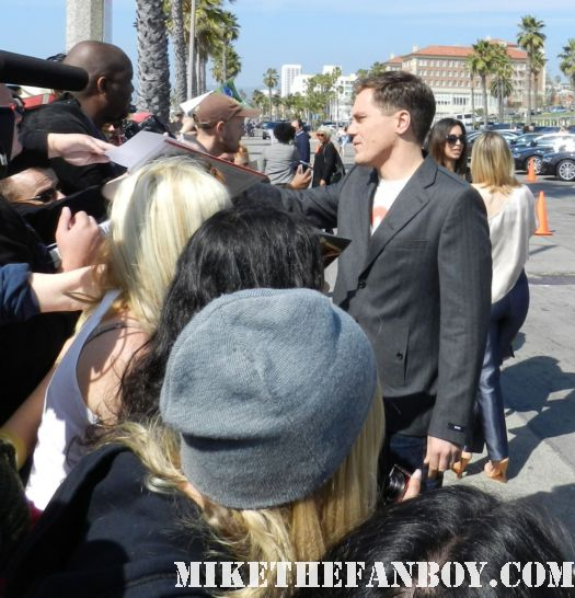 Michael Shannon and Jessica Chastain hot sexy signs autographs for fans at the  Independent Spirit Awards 2012
