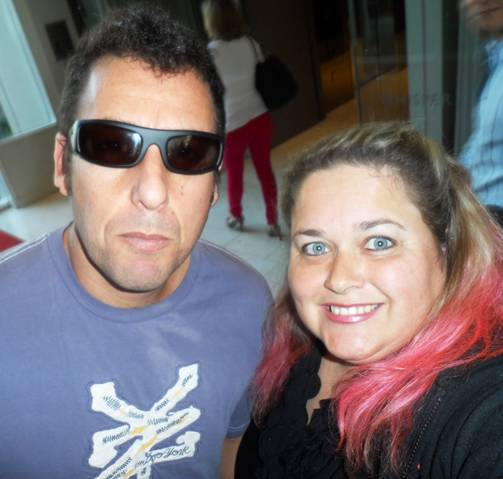 Adam Sandler poses for a fan photo with pinky at the sundance film festival 2012 signed autograph rare promo