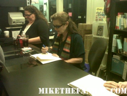 carrie fisher at her book signing for shockaholic at book soup on sunset strip rare promo hot sexy princess leia star wars