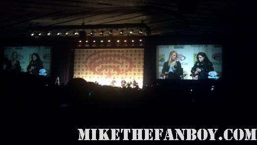 Charlize theron and Kristen stewart kstew at the snow white and the huntsman panel at wondercon 2012 rare promo