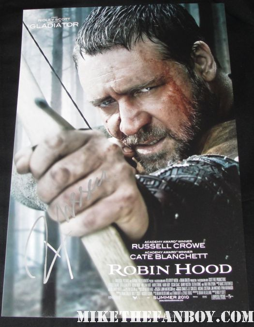 Russell Crowe signed autograph hot sexy movie poster promo 12 x 18 promo robin hood photo sexy hot rare promo