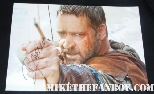 Russell Crowe signed autograph hot sexy 12 x 18 promo robin hood photo sexy hot rare promo