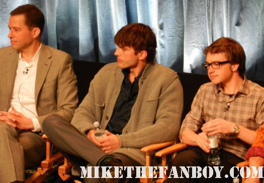 ashton kutcher looking sexy and sad at the two and a half men paleyfest 2012 panel Paleyfest 2012! The Two and a Half Men Panel with Ashton Kutcher! Jon Cryer! Holland Taylor! Conchata Ferrell! Angus T. Jones! Autogra