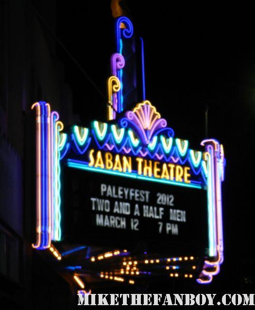 Paleyfest 2012! The Two and a Half Men Panel with Ashton Kutcher! Jon Cryer! Holland Taylor! Conchata Ferrell! Angus T. Jones! Autogra
